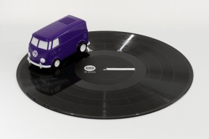 record_runner_purple